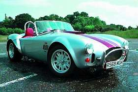 AC Cobra (Mk IV) 4.9 i V8 Superblower 326 HP