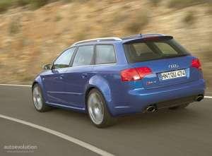 Audi RS4 Avant (8E) 4.2 i V8 32V FSI 420 HP