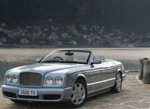 Bentley Azure 6.7 i V8 389 HP