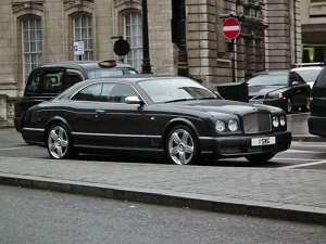 Bentley Brooklands 6.7 i V8 Turbo 305 HP