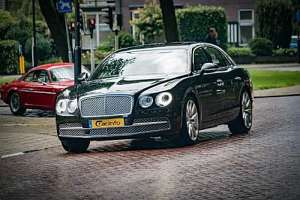 Bentley Flying Spur 4.0 AT (507 HP) 4WD