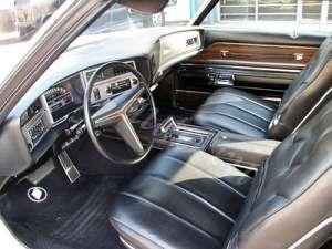 Buick Riviera III 7.5 250 HP
