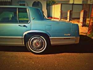Cadillac De Ville IIX 4.9i V8 (200Hp)