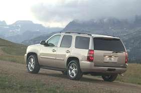 Chevrolet Tahoe (GMT840) 4.8 i V8 4WD 290 HP