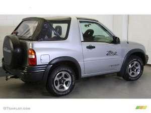 Chevrolet Tracker Convertibe 2.5 i V6 24V 4WD 167 HP