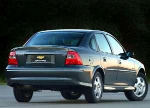 Chevrolet Vectra (GM2900) 2.0 i 110 HP