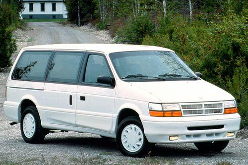 Chrysler Voyager I (ES) 3.0 V6 141 HP