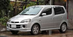 Daihatsu YRV 1.3 i 16V 90 HP 2WD