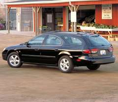Ford Taurus II Station Wagon 3.0i V6 140HP