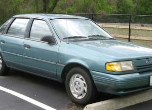 Ford Tempo 2.3 AWD 102 HP