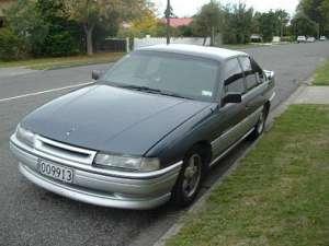 Holden Calais 3.8 i V6 175 HP