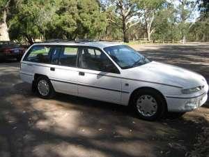 Holden Commodore Wagon 3.8 i V6 Acclaim 177 HP