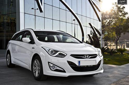 Hyundai i40 Wagon 1.7d AT (136 HP)