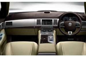 Jaguar XF 3.0D V6 (240Hp)