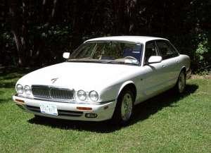 Jaguar XJ (X300|NAW|NAB) XJ6 3.2 i 24V Sport 211 HP