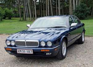 Jaguar XJ (X300 NAW NAB) XJ6 4.0 i 24V Sport 241 HP