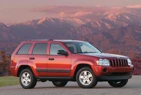 Jeep Grand Cherokee III (WK) 5.7 i V8 4WD 325 HP
