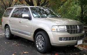 Lincoln Navigator III 5.4 i V8 AWD 304 HP