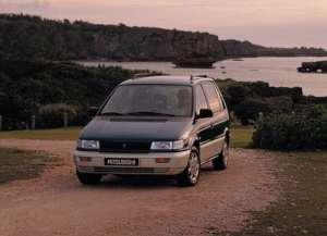Mitsubishi Space Runner (N1_W,N2_W) 1.8 N11W 122 HP