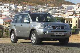 Nissan X-Trail I 2.5 i 16V 165 HP