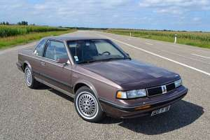 Oldsmobile Cutlass Calais 3.3 V6 162 HP