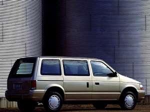 Plymouth Voyager 3.0 i V6 144 HP