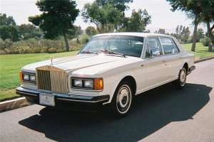 Rolls-Royce Silver Spur 6.8 V8 329 HP